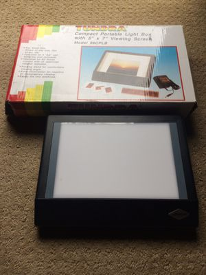 Tundra portable light box 5 by 7 for Sale in Carrollton, TX