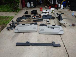 2010 Chevy Silverado mixed interior parts for Sale in Del Valle, TX