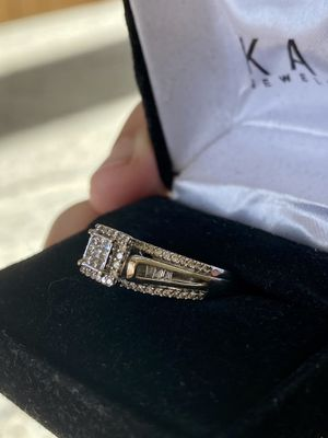 Engagement ring 10K white gold / wedding ring for Sale in West Linn, OR