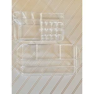 MAKEUP ORGANIZERS 2 piece clear acrylic cosmetic for Sale in Phoenix, AZ