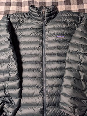 Patagonia Down Sweater Jacket - Men's XXL, Carbon Green for Sale in Seattle, WA