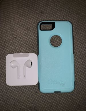 Otterbox & EarPods (iPhone 7/7s/8) for Sale in Mechanicsville, VA