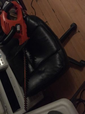 Black and decker corded hedger for Sale in Lomita, CA