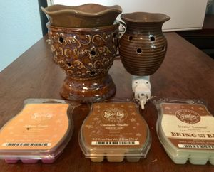 Scentsy warmer and night light with with scents for Sale in Denver, CO