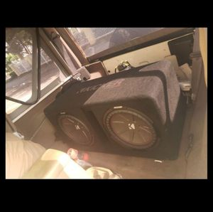 2 12inch subwoofers and amplifier for Sale in Fort Myers, FL