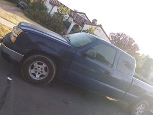 Truck for sale asking 3500 for Sale in Fresno, CA