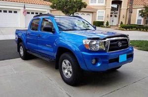 2005 Tacoma Double Cab SB for Sale in Rochester, MN
