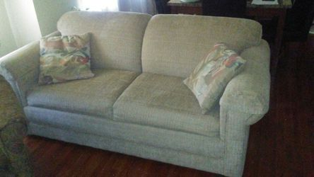 Sleeper Sofa for Sale in St. Louis,  MO