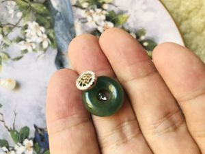 Emerald Carved Pendant for Sale in Chino Hills, CA