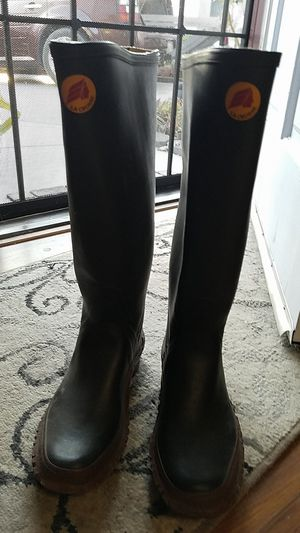La Crosse fishing or mud sports boots. size 8. Worn once for Sale in Vista, CA