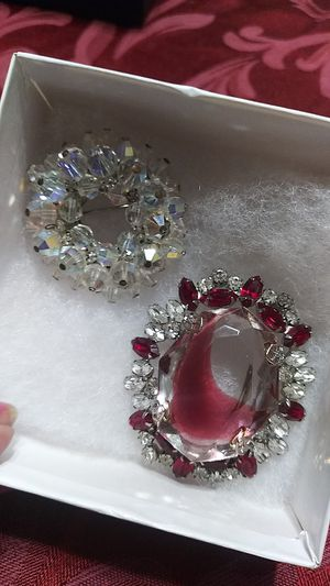 2 vintage brooches crystal and metal silver tone $15 each or $20 for 2 for Sale in Fullerton, CA