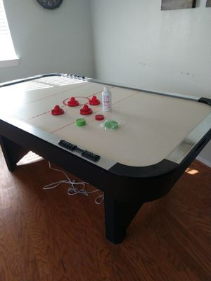 Air hockey table for Sale in Hesperia, CA