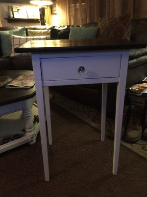 2 matching side tables for Sale, used for sale  Spotswood, NJ