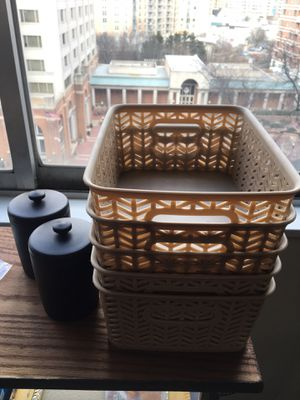Storage bins and containers for Sale in Washington, DC