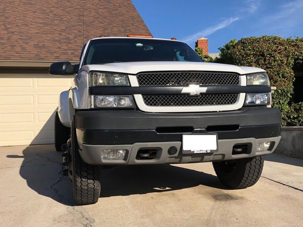 22.5 Dually wheels / tires Chevy dodge w/adapters