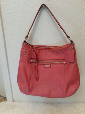 W). Coach Daisy Coral Leather Convertible Hobo Shoulder Bag F23937 RARE $350,features signature coral leather for Sale in Houston, TX
