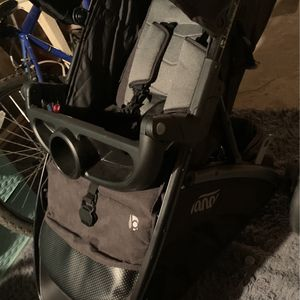 Coach And Carseat for Sale in Philadelphia, PA
