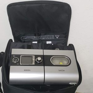 CPAP Machine ResMed S9 Elite H5i Heated Humidifier mask and tube for Sale in Houston, TX