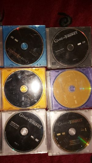 Game of thrones seasons 1-6 (every disc in working condition, no scratches) for Sale in Niagara Falls, NY