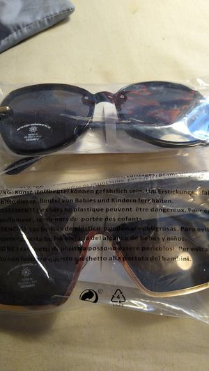 2 pairs of sunglasses for Sale in Westminster, CO