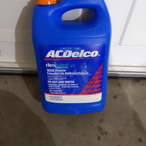 AC Delco 10-5027 12378390 Dexcool 50/50 antifreeze coolant for Volt, hybrids and regular vehicles for Sale in Bothell, WA