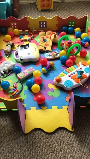 Kids Toys & Play Mat (get all u see for 1 price) for Sale in Los Angeles, CA