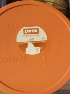Pyrex 4qt Glass bowl for Sale in Riverdale, GA