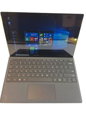 Microsoft surface pro 3 128gb 1.90GHz i5 4GB for Sale in Hacienda Heights, CA