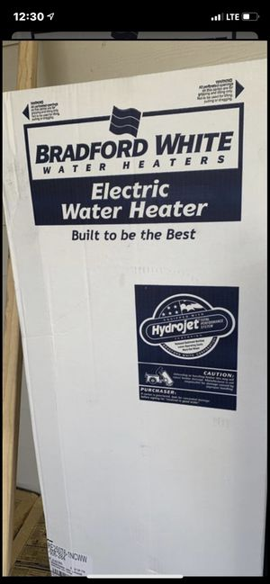50 gallon electric water heater for Sale in Elmendorf, TX
