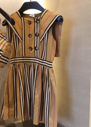 BURBERRY ORALIE DRESS (low offers ignored serious buyer only) for Sale in Los Angeles, CA