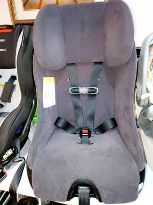 Clek foonf toddler car seat excellent condition for Sale in South Houston, TX