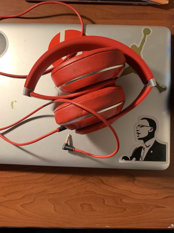 Wired studio Beats