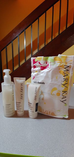 Satin hands from Mary Kay. for Sale in Pembroke Pines, FL