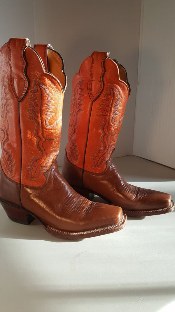 Justin Western Leather cowboy Boots size 7 1/2B. Like New