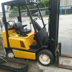 Yale 5000lb forklift for Sale in Fort Lauderdale, FL