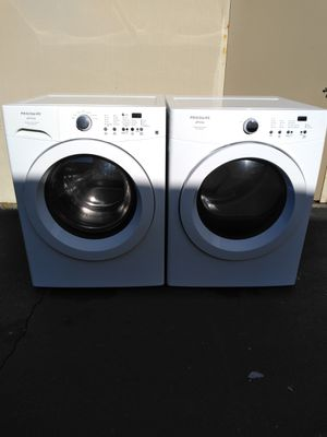Washer and dryer Frigidaire for Sale in Seattle, WA