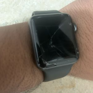 Damaged Apple Watch for Sale in Miami, FL