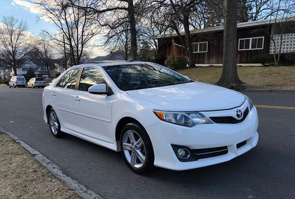 Perfect 2010 Toyota Camry Wheels Great