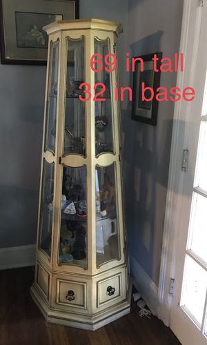 Antique Curio Cabinet for Sale in Baltimore, MD