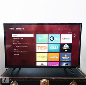 "32"" HD TCL tv with Roku for Sale in Orlando, FL"