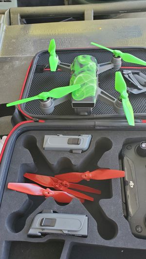 DJI SPARK with accessories for Sale in Apple Valley, CA