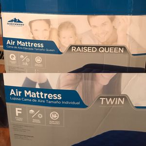 Twin and queen sized air mattresses for Sale in Paris, KY