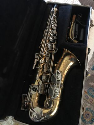 Bundy, Alto saxophone, with case for Sale in Whittier, CA