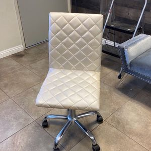 Rolling Office Chair for Sale in Covina, CA