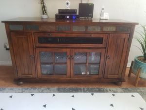 TV Console for Sale in Carlsbad, CA