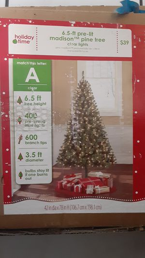 CHRISTMAS tree for Sale in Mesquite, TX