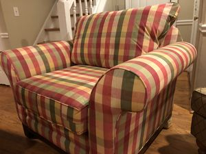 Accent chair for Sale in Atlanta, GA