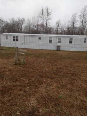 3 bed 2 bath. 16'x80' with 1.1 acre the city does have a right away on part of the land. for Sale in Ward, AR