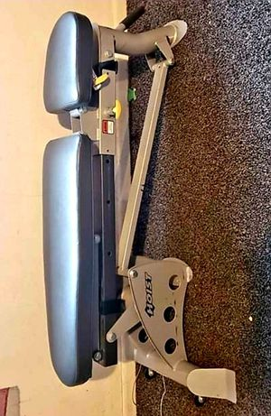 HF-5167 7 POSITION FOLDING F.I.D. DUMBELL WEIGHT BENCH for Sale in Saginaw, TX
