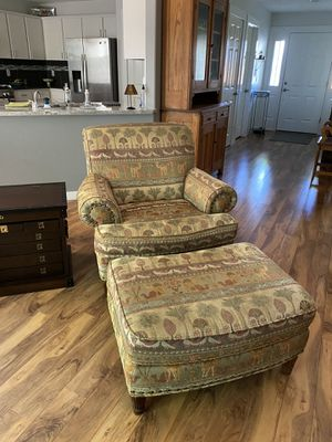 Chair and ottoman. (Set of two) for Sale in Happy Valley, OR